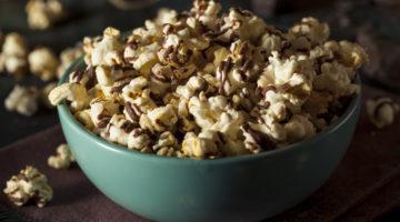 Coconut Oil Popcorn Recipe With Dark Chocolate Drizzle