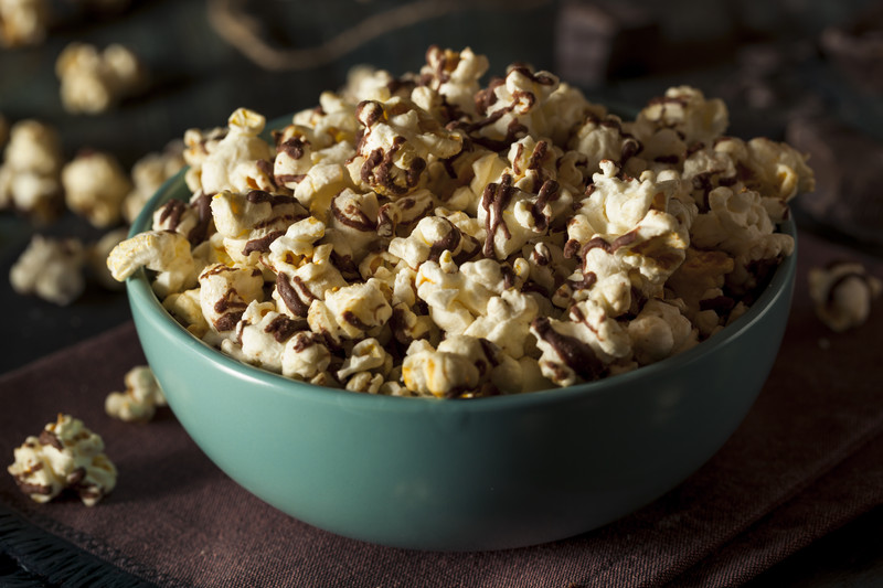 Coconut Oil Popcorn Recipe With Dark Chocolate Drizzle